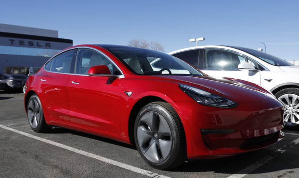 """特斯拉新电池""""寿命长、价格低、可回收""""耐用160万公里以上"""